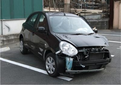 黒い事故車