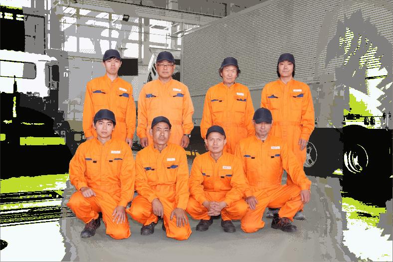 作業着を着たスタッフたち